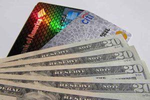 Деньги на карту Сбербанка через мобильный банк