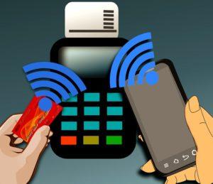 как привязать банковскую карту к телефону