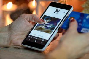 Каким образом платить телефоном как картой?