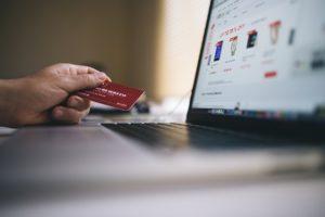 Как оплатить банковской картой через интернет?