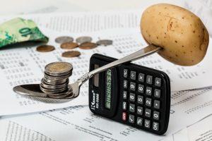 где можно взять деньги в долг
