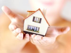 С помощью беззалоговых потребительских кредитов