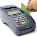 Как расплатиться картой в магазине?