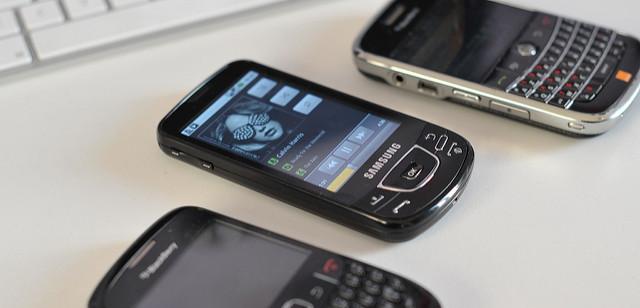 Как оплатить мобильную связь с карты Сбербанка?