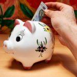 Деньги: как отложить на нужные покупки, оплату кредита или на черный день