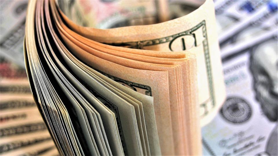 Взять деньги в долг в Днепропетровске срочно
